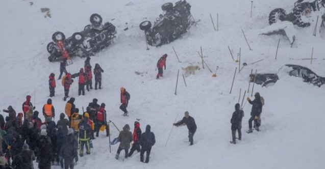 More than 40 dead after two avalanches hit eastern Turkey