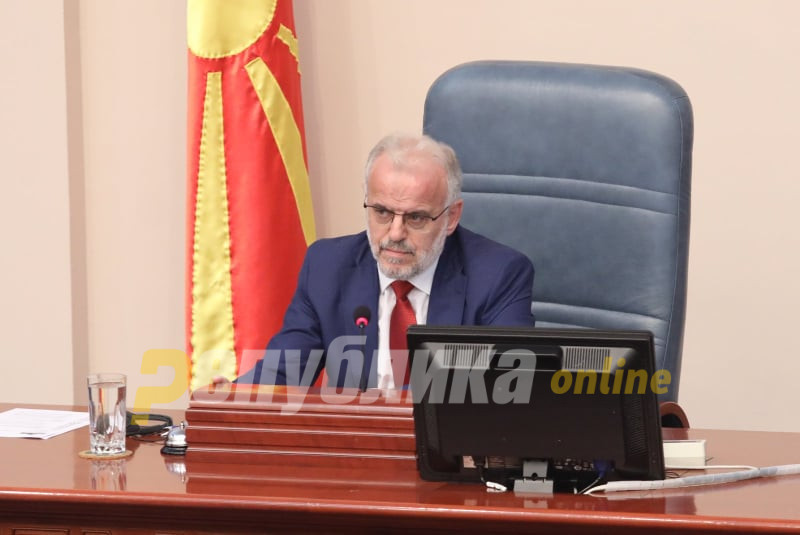 "Xhaferi on Kiracovski's call for session for Mizrahi's dismissal: ""Ha ha ha, I don't have Facebook"""