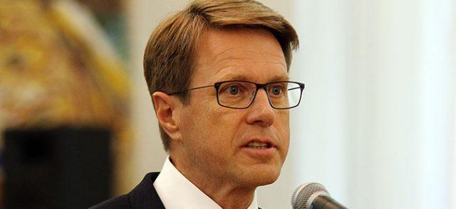 Žbogar announced that EU will help Macedonia in fight against coronavirus