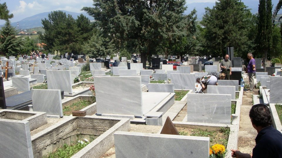 Fifty graves damaged in the Kamnik cemetery