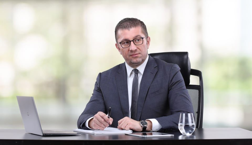 Mickoski blasts Zaev for his handling of the coronavirus epidemic: He lacks the knowledge necessary in this situation