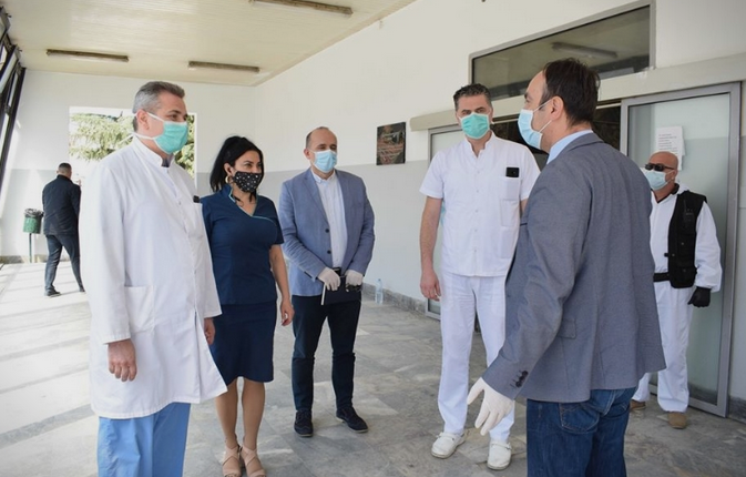 """Culev handed over protective equipment to medical staff at """"8 September"""" hospital and Emergency Center"""