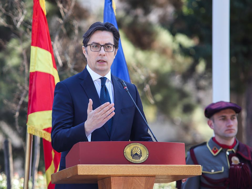 Pendarovski: Let Christ's victory over death be inspiration and hope to persevere before the challenge and come out as winners
