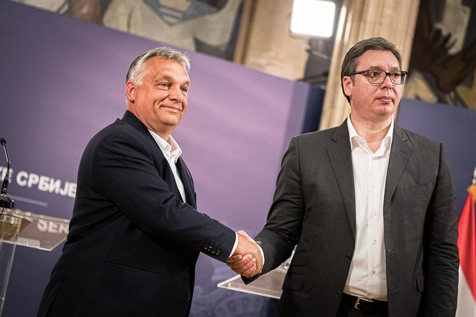 Orban and Vucic declare a win in the first stage of the coronavirus crisis, will begin working on economic reconstruction