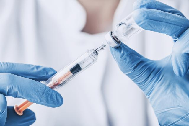 Russian lab approves coronavirus vaccine after testing on themselves