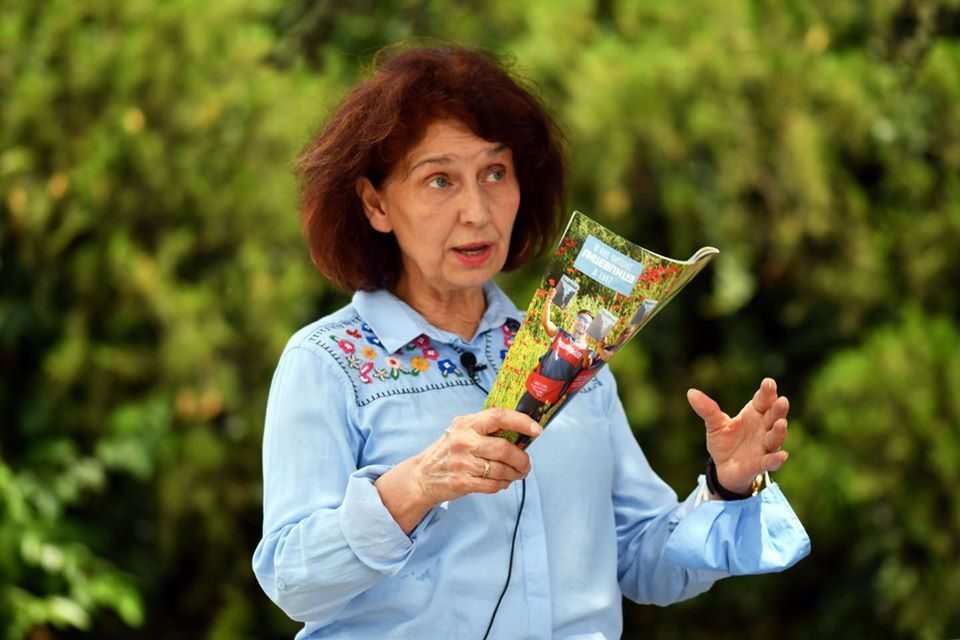 Siljanoska-Davkova: 40 percent representation of women in politics, five percent of GDP funds for education promotion