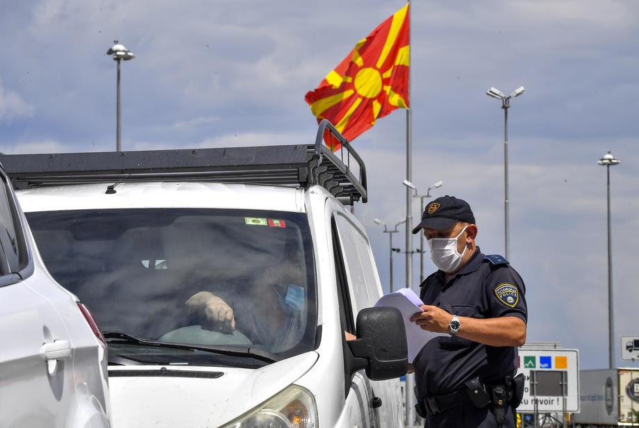 Second corona wave leaves Macedonia isolated