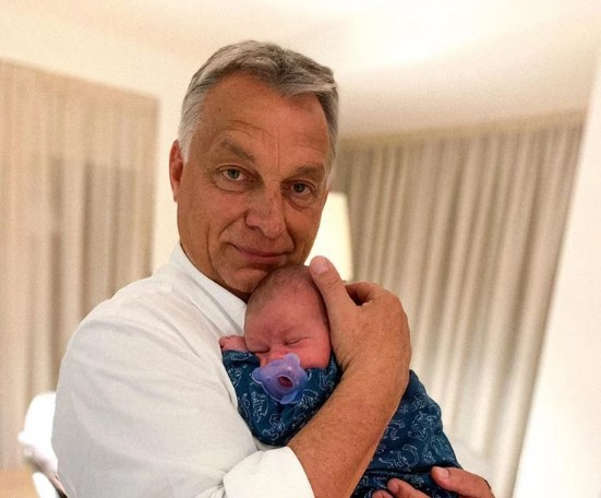 Orban shows off his first grandson