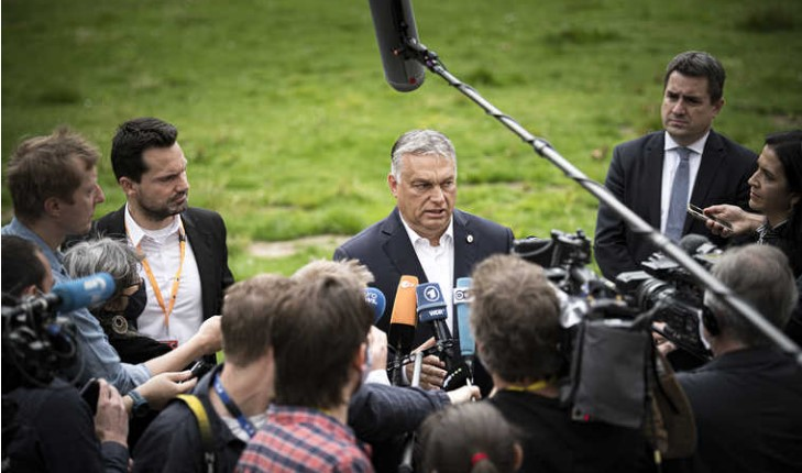 V4: Dutch won't tell Hungarians what to spend their money on, Orban says
