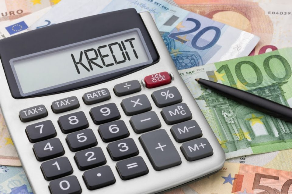 Deposits, crediting on the rise at monthly, annual level