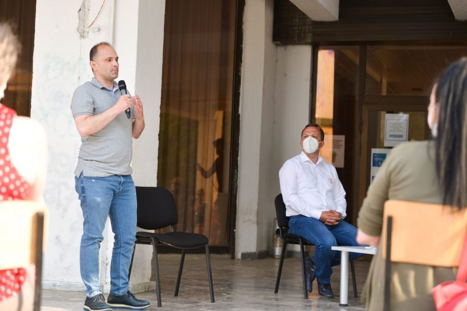 """On a day with 136 new coronavirus cases, Filipce called on citizens to vote for """"safe health"""" and SDSM"""