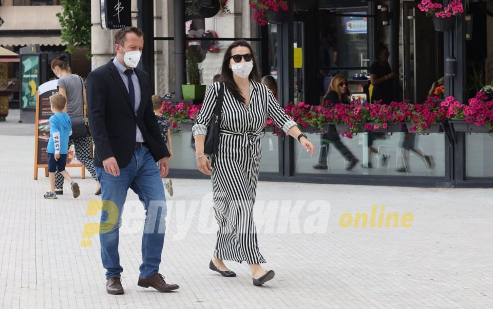 340 people caught without face masks in past 24 hours