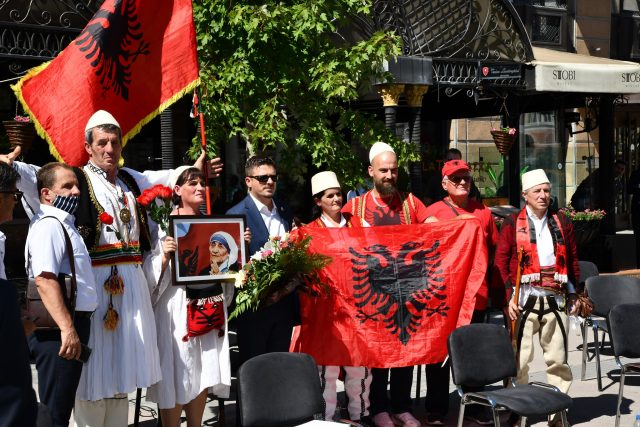 Celebration of the 110th anniversary of the birth of Mother Teresa turns into Albanian nationalist chest thumping contest