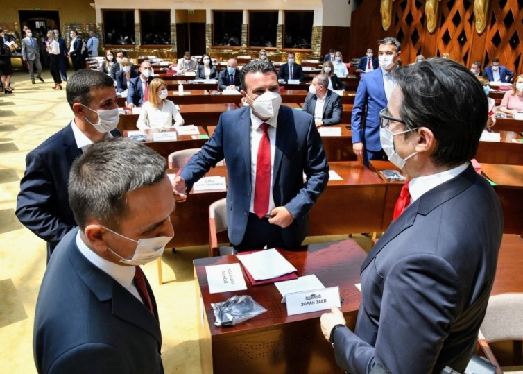 SDSM made to look weak as Pendarovski delays the decision on who will get the first shot at forming a Government