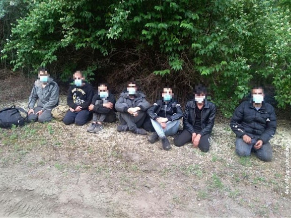 Police find 94 migrants in truck on Radovis-Stip road