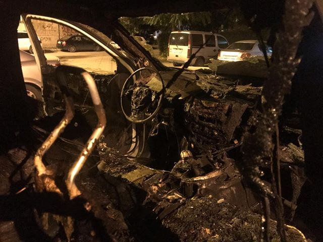 Two EVN vehicles torched in Tetovo