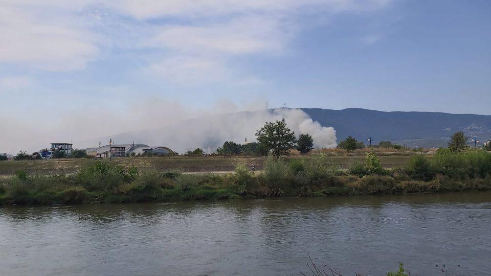 Landfill near Boris Trajkovski Arena is burning