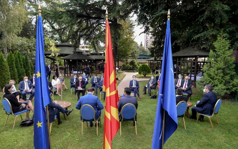 Zaev pledges before EU ambassadors that he will conduct reforms