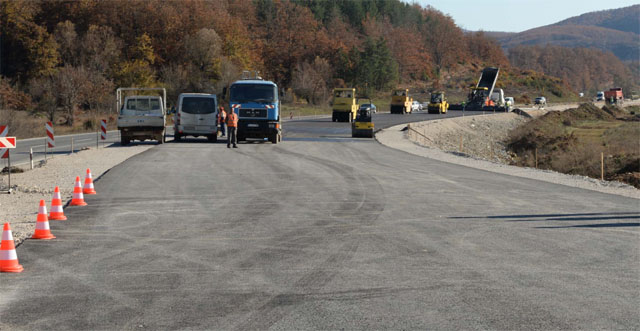 Mining causes interruptions in traffic between Kicevo and Ohrid