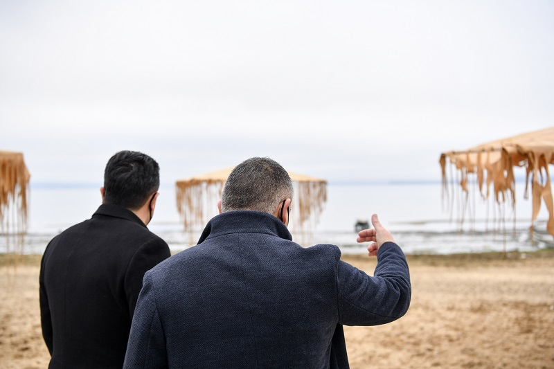 Zaev visits lake Prespa, promises to reverse the on-going environmental disaster, and also to use the area to promote the Macedonian language