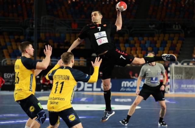 Sweden beats Macedonia 32:20