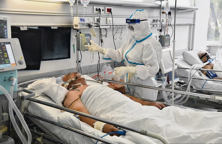 10 patients die, 403 new COVID-19 cases