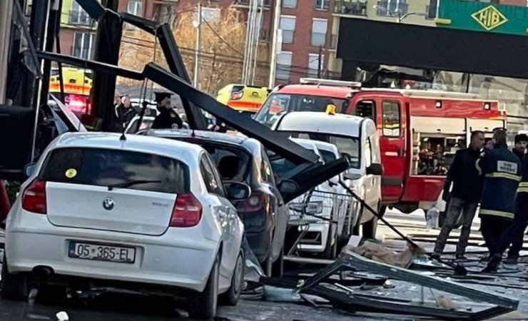 Many injured after a gas explosion in a cafe in Kosovo