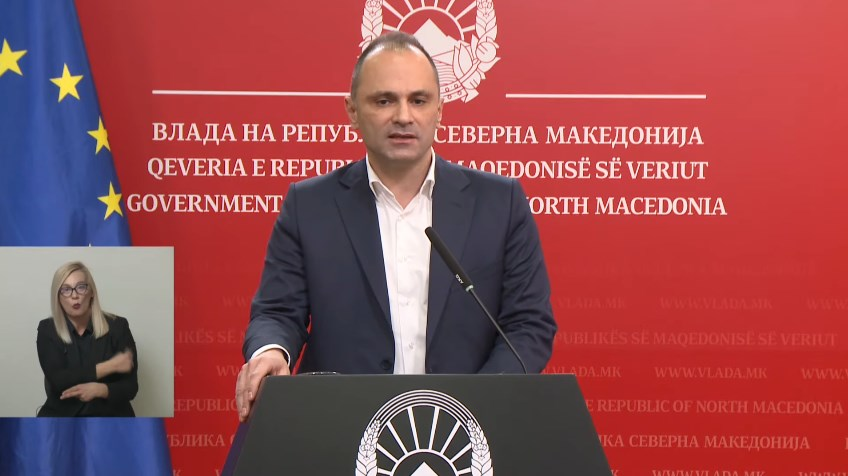 Minister Filipce says he knows the number of Pfizer vaccines Macedonia will get, but that he has to keep it a secret