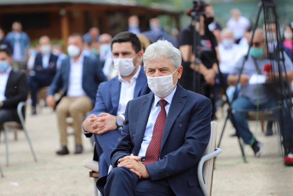 Ahmeti convenes the DUI party leadership, insists they are not divided