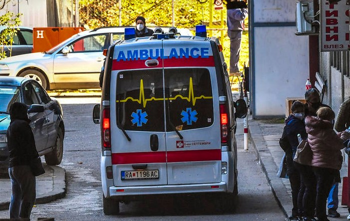 Struga doctors save a baby in a dramatic, overnight delivery by the side of the road