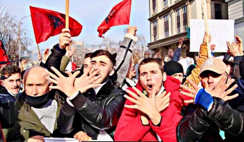 Large-scale Albanian protests planned in Skopje over the Good Friday massacre sentences