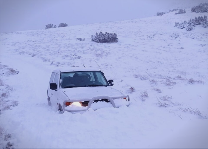 Border police saved six people snowed in in a mountainous village near Prilep