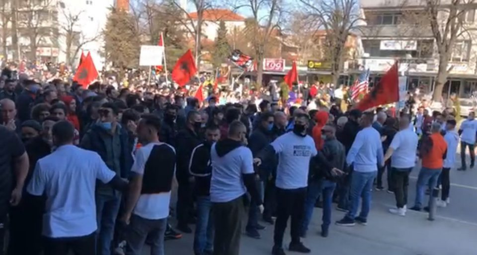 Prosecutors ask that three Albanian protesters are detained after attacking police officers and injuring a journalist on Friday