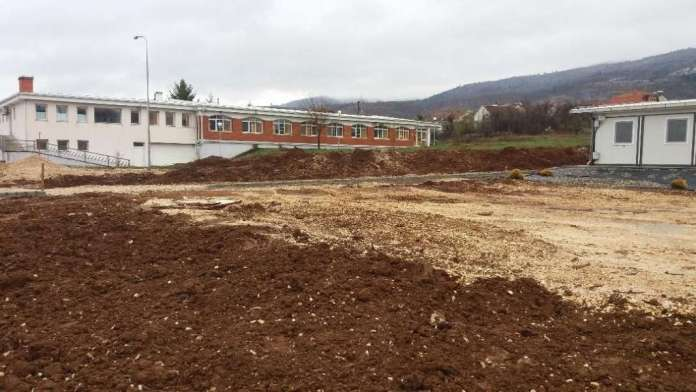 Potemkin hospitals: Work on the field hospital in Bitola stopped as soon as Minister Filipce left