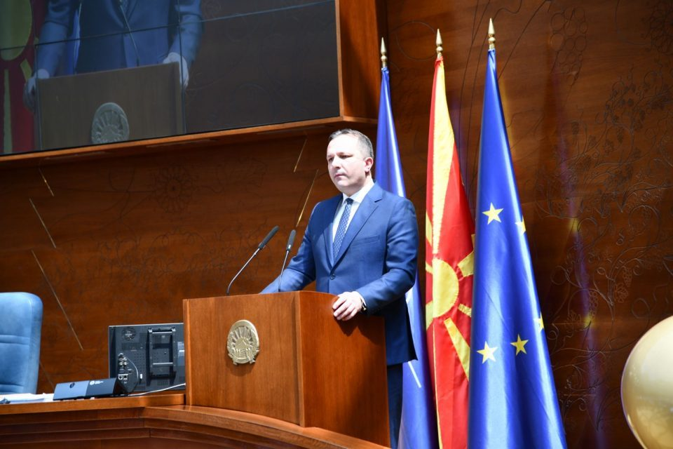 After silencing the opposition, the Parliament votes to keep Oliver Spasovski as Interior Minister
