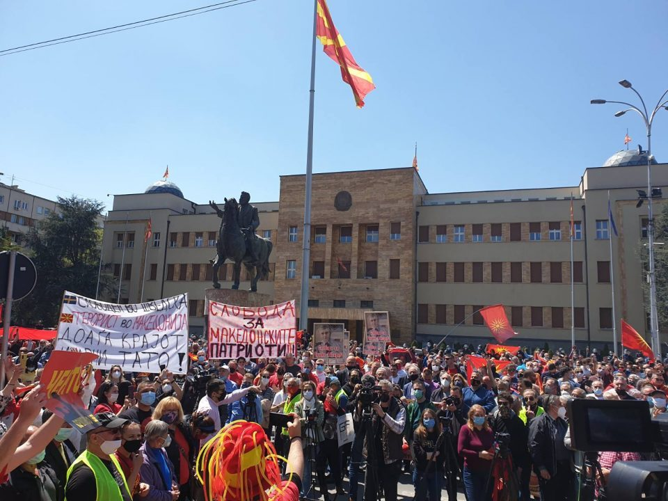 Macedonia is alive: People rise against all injustices and humiliations of Zaev