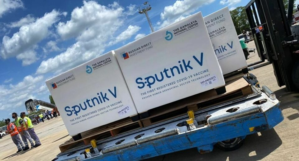 20,000 Sputnik V vaccines arrive in Macedonia – second donation from Serbia