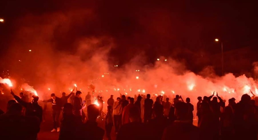 Albanian nationalist fans loudly celebrate Shkendija's title in Tetovo