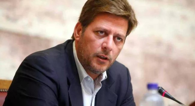 Varvitsiotis: Greece doesn't accept decoupling of Macedonia and Albania on the EU road