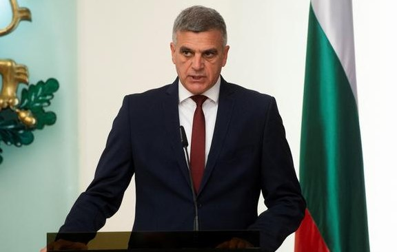 End of hopes for EU negotiations at least until autumn: Bulgarian interim prime minister says he will not lift the veto on Macedonia