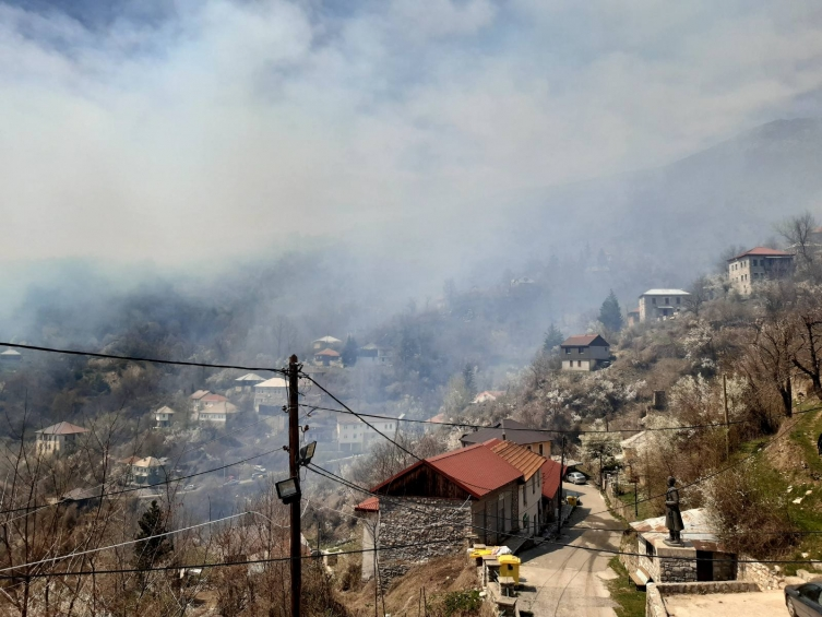 Strong forest fire threatens the village of Galicnik