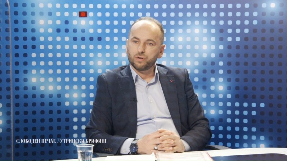 Milososki: Does Spasovski know that the head of the Ministry of Interior for Interpol, Refik Qerimi, met with Peker?