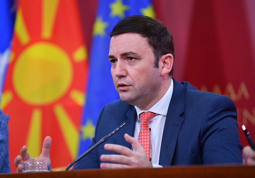 After the VMRO protest, Minister Osmani agrees to appear before the Parliament and discuss the negotiations with Bulgaria
