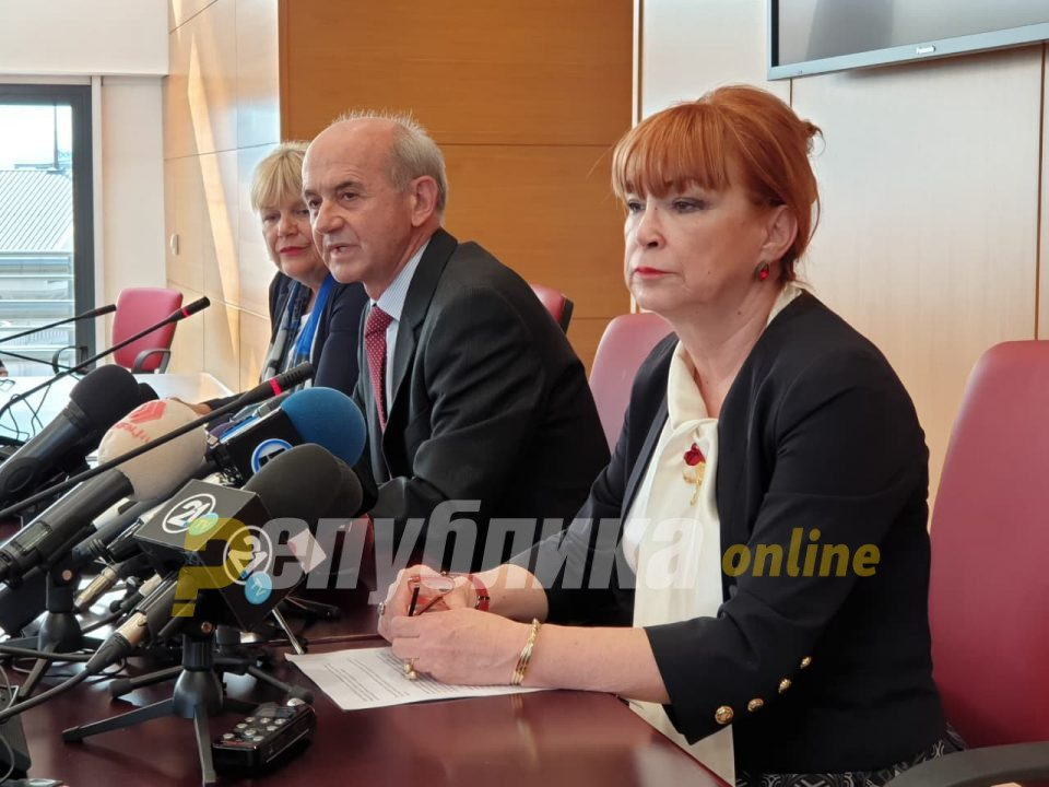 Chief prosecutor Joveski defends his colleague Vilma Ruskoska from allegations that she was sharing confidential information with the key Racket trial defendant
