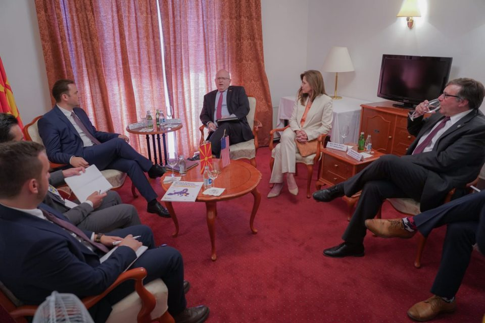 Osmani meets Reeker and Palmer: Decision on official start of EU negotiations must not be delayed