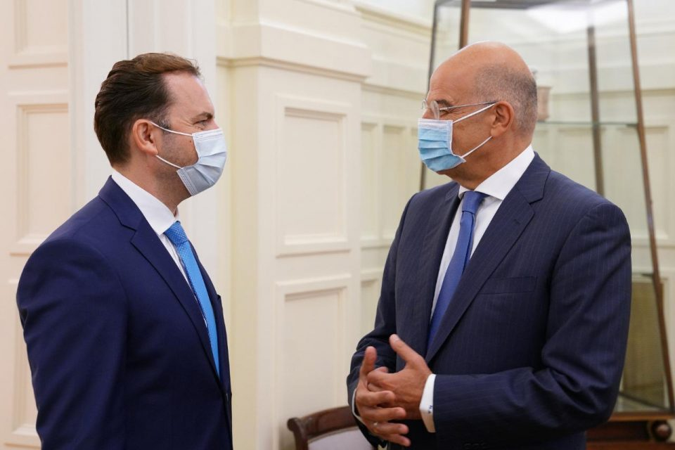 Greek Foreign Minister Dendias will come to Macedonia to review the implementation of the Prespa Treaty