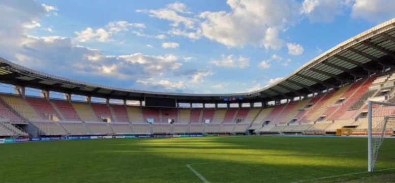 Romanian journalists say that the Skopje stadium is not fit to host a World Cup qualifier