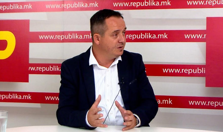 Doctor Nikolov: Filipce should stop playing games and resign