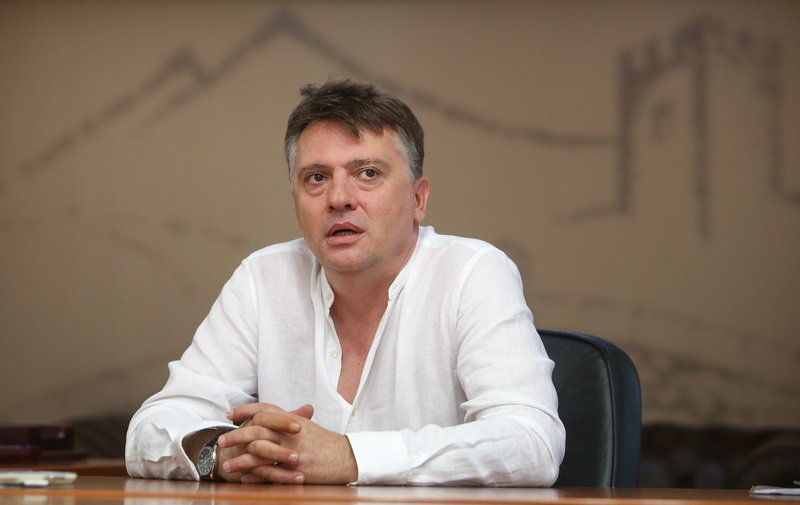 VMRO-DPMNE presented evidence that Skopje Mayor Petre Silegov rigged a contract worth 300,000 EUR