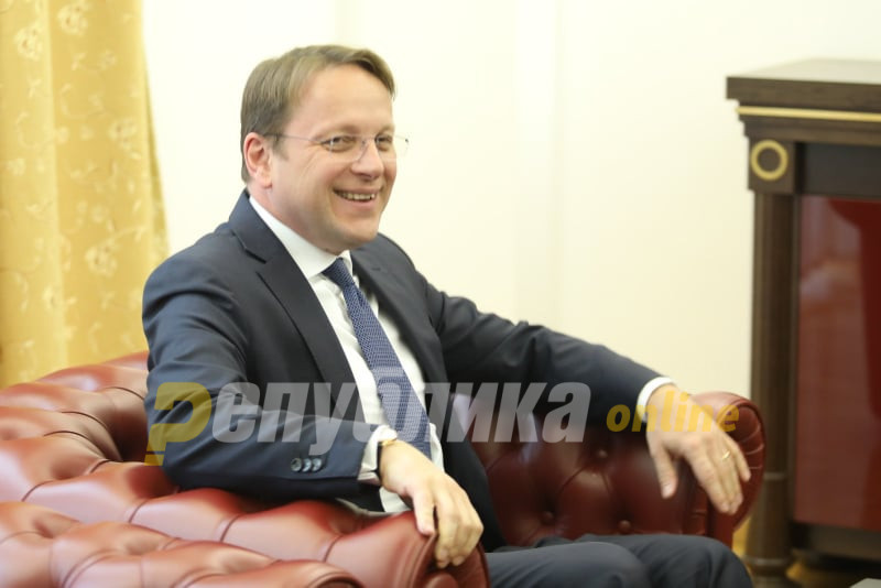 Varhelyi to visit Skopje on Wednesday